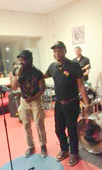 def Rasta Afrika band, 11 april De Badde